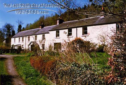 http://lostdistillery.com/photos/GlenTarras03.jpg