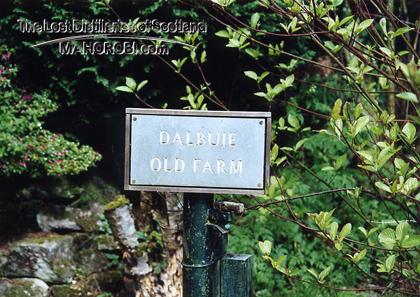 http://lostdistillery.com/photos/dalbuie01.jpg