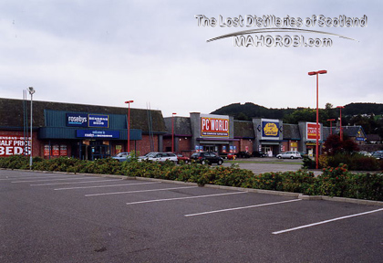 http://lostdistillery.com/photos/glenalbyne02.jpg