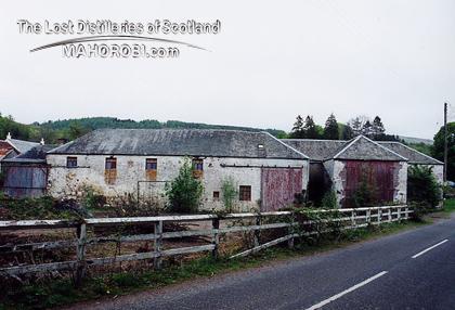 http://lostdistillery.com/photos/glenturret03.jpg