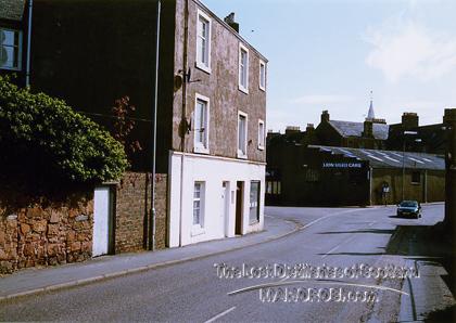 http://lostdistillery.com/photos/mckinnonargyll02.jpg