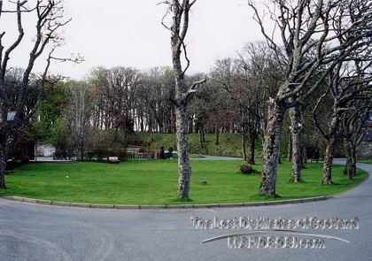 http://lostdistillery.com/photos/stronoway05.jpg